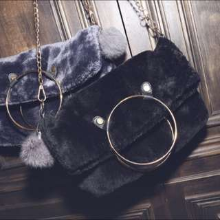Smoonlab 歐美毛毛金屬環鍊帶包