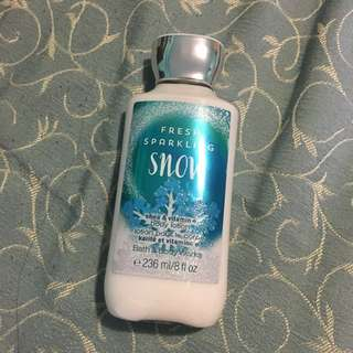Bath & Body Works - Fresh Sparkling Snow Body Lotion