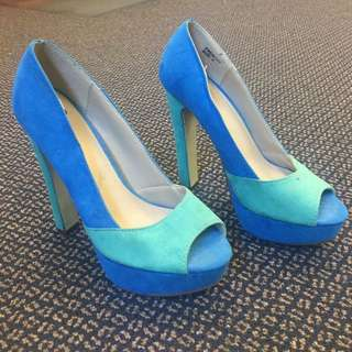 Turquoise And Blue Heals Novo Brand