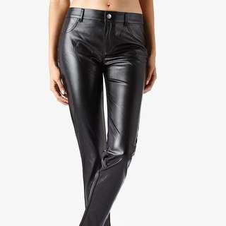 歐洲代購-知名義大利平價品牌-皮褲