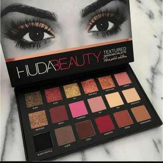Huda Beauty Textured Shadows Palette Rose Gold Edition 18 Colours