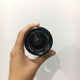 Nikkor 35-70mm F 3.5-4.8
