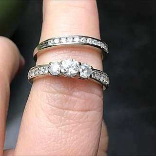 1.5 Carat White Gold Engagement And Wedding Band Set.