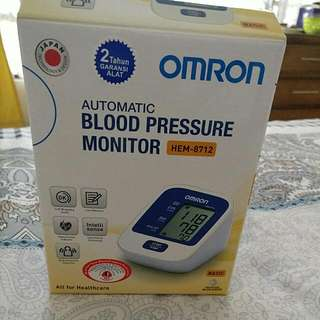 Omron Automatic Blood Pressure Monitor HEM 8712