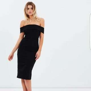 Off Shoulder Dress Size 10-12