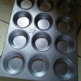 Cupcake Pan Of 12
