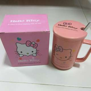 Hello Kitty Mug With Cover And Spoon