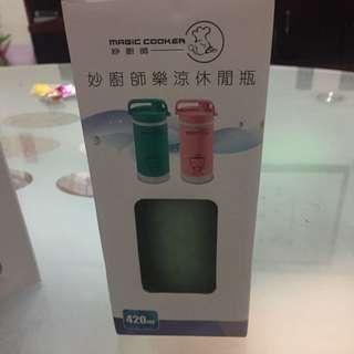 【妙廚師】玻璃內膽 樂涼休閒瓶L4201B-綠色(420ml)