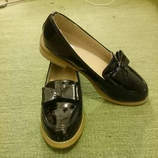 🆕 Black Loafers