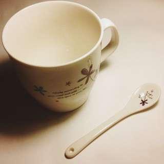 🚚 陶瓷馬克杯和湯勺組 禮物 交換禮物 紙盒包裝
