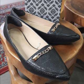 Parisian Flat Black Shoes