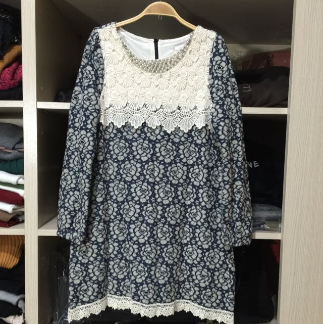 正韓全新藍色花紋蕾絲洋裝