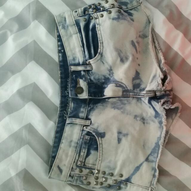 army patterned shorts   price negotiable