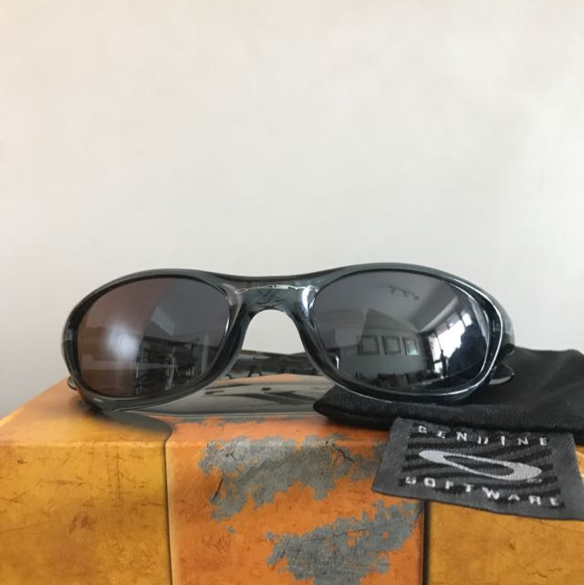 877a45c59541 Authentic Oakley Shades For Women