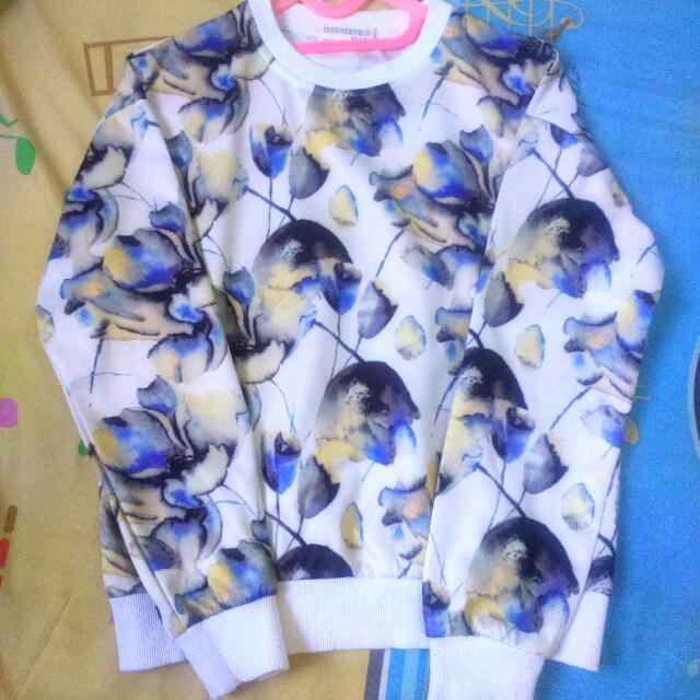 Baju Lengan Panjang Motif Bunga