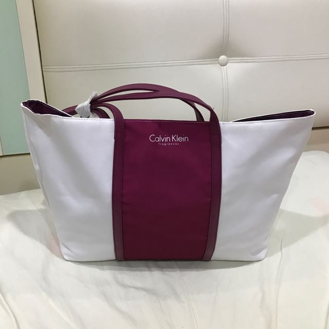 Brand New Authentic Calvin Klein Bag b47370cbb42