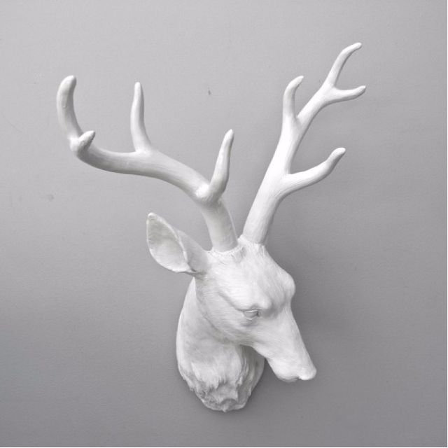 Deer Head Wall Hanging Ornament (Resin)