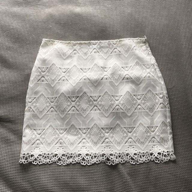Dotti White Lace Mini Skirt Size 10