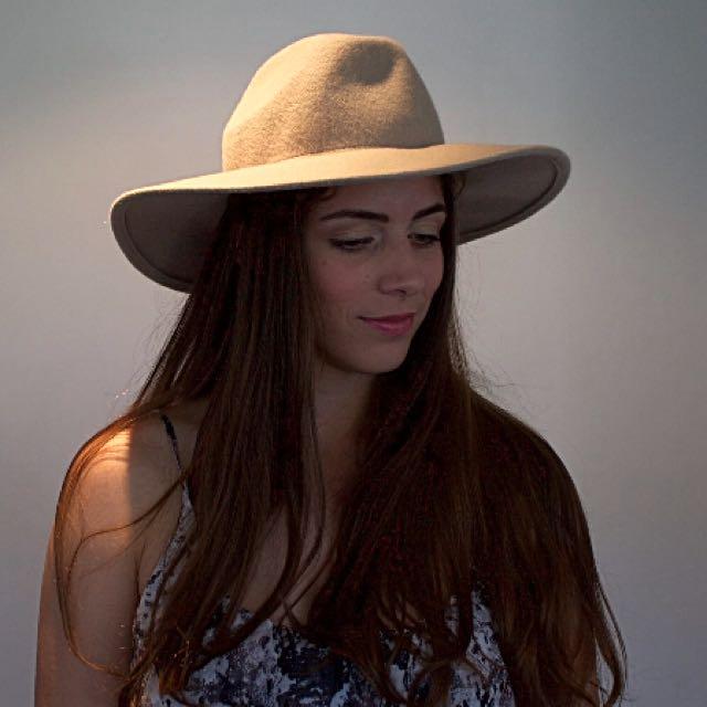 Glassons Hat