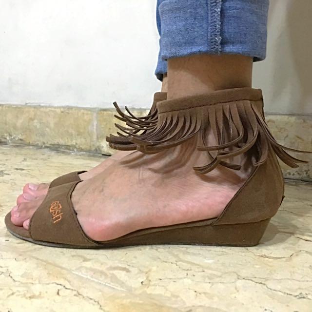 Gosh Sandals #TisGratis