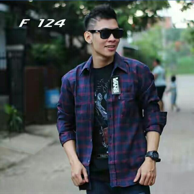 Kemeja Flanel Vans F124