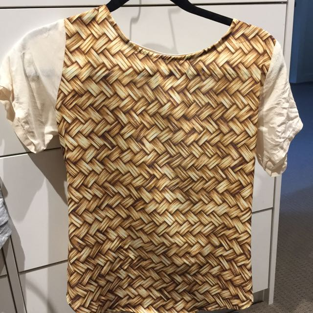 Maurie & Eve Size 6 Top