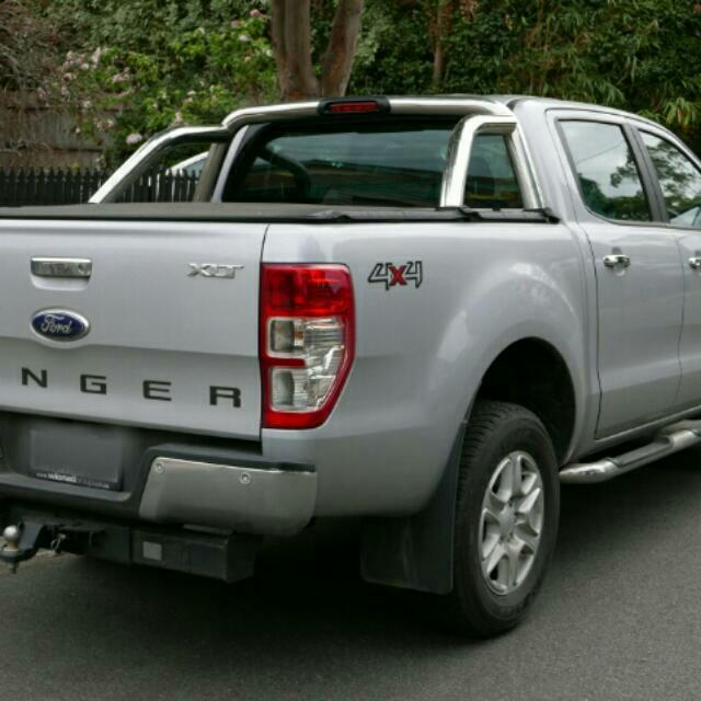 Mobil Ford