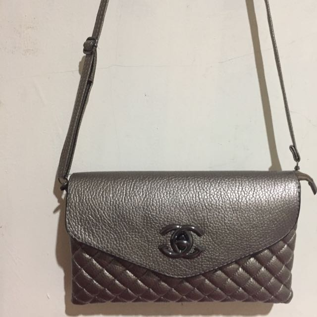 Multi Purpose Chanel Bag (Not Ori)