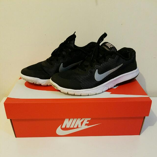 Nike Shoes 5Y
