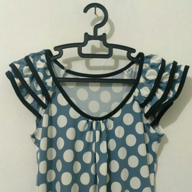 [READY] Polkadot Stretch Dress Shoulders Frill