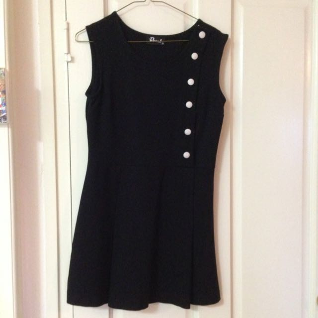 Size 10 Revival Short Black Dress