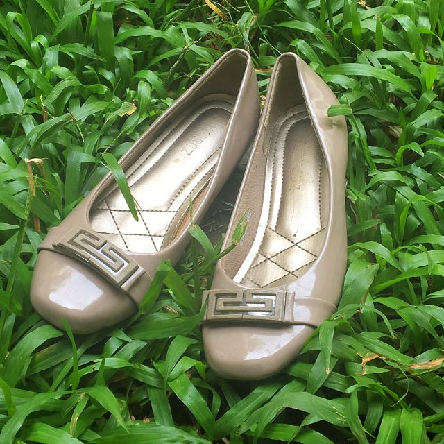 St. Moriz Shoes