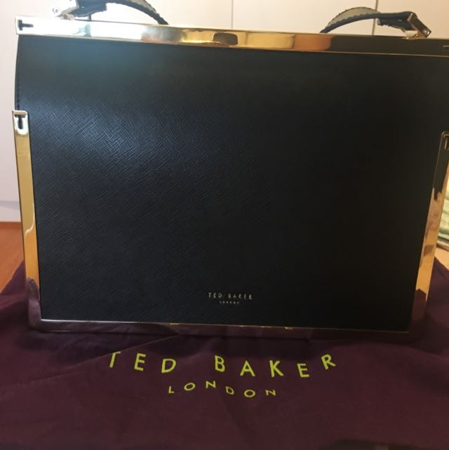 Genuine Ted Baker Leather Hangbag❤️