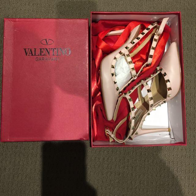 Valentino Heels Blush Size 37