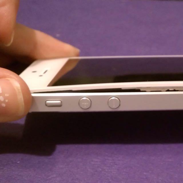 White iPhone 5 16g Unlocked.