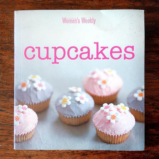 Women's Weekly Cupcakes Cookbook