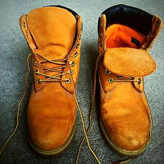PRICE Reduced ....   Timberland Men's shoes (Size 9US / 40Eur)