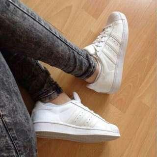 Adidas Pharell William