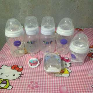 Avent 9oz 🍼🍼and Babies R Us 9oz