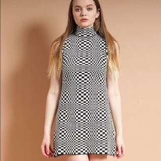 UNIF Echo trippy patterned dress