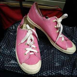 粉色 閃亮休閒鞋 帆布鞋24