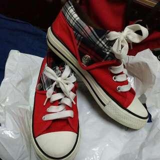 紅色 紋格造型帆布鞋 休閒鞋24