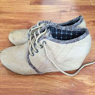 Wade Wedge Lace Up Shoes