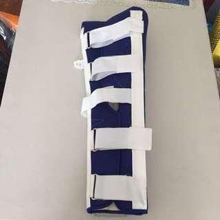 longbone orthopedic soft goods knee immobilizer