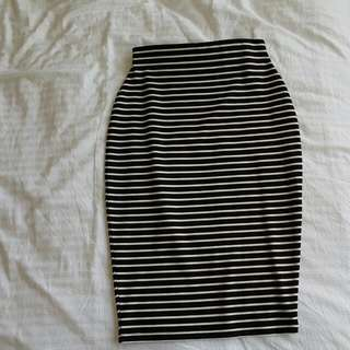 Black & White Horizontal Striped Pencil Skirt ♡