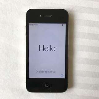 iPhone 4 Black, GREAT CONDITION (+ Charger)