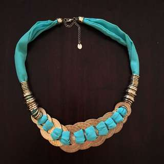 Turquoise Fabric Gold Metal Necklace