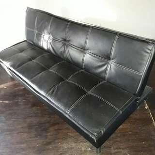 Reprice Sofa Bed Hitam