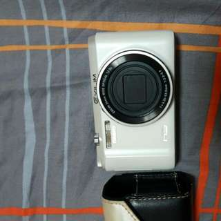 CASIO ZR-1500  照相機