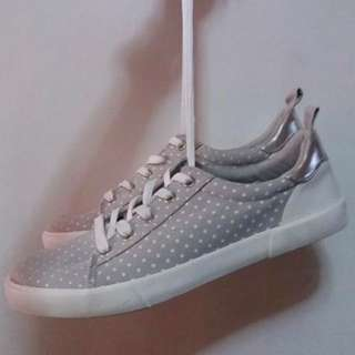 Gap Womens Sneakers